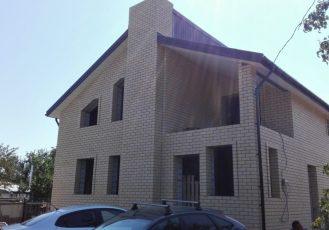 Жилой дом из облицовочного кирпича